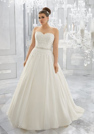 michelle-by-morilee-by-madeline-gardner-julietta-collection-lace-appliques-chiffon-ball-gown