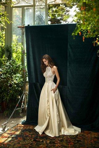 lihi-hod-2016-halter-wedding-dress-with-ivory-skirt-and-tassel-belt