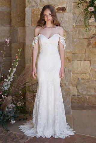 claire-pettibone-romantique-spring-2018-the-vineyard-collection-bordeaux-off-shoulder-lace-dress