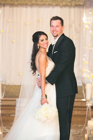 mlb-player-baseman-atlanta-braves-chris-johnson-and-bride-tia-garavuso-on-wedding-day-at-ceremony