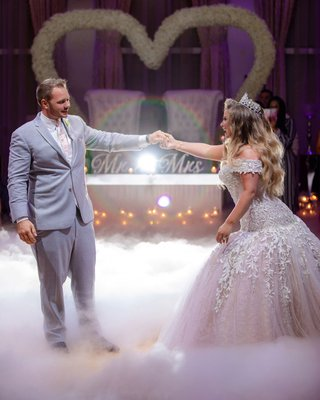 wedding-reception-ashley-alexiss-first-dance-on-dance-floor-with-smoke-in-front-of-sweetheart-table