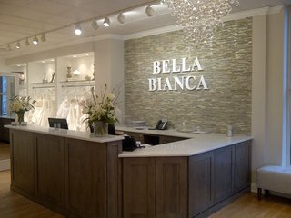 bella-bianca-bridal-couture-desk