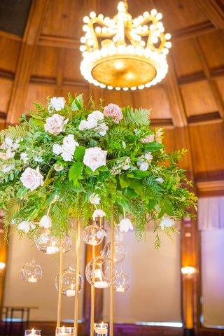 tall-floral-centerpiece-crown-shaped-chandelier-light-royalty-details-wedding-reception-coronado