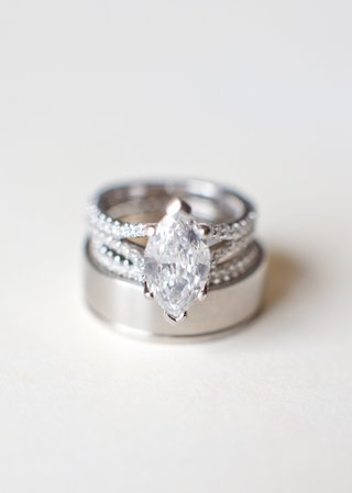 wedding-bands-and-split-shank-diamond-ring