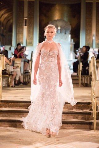 idan-cohen-fall-winter-2018-empire-of-love-wedding-dress-strapless-bridal-gown-flowers-sheer-cape
