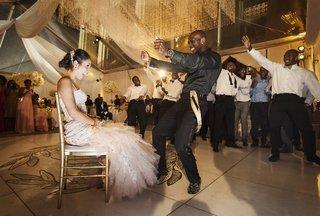 jason-mccourty-tennessee-titan-dances-for-his-bride-melissa-ortiz-at-their-wedding-reception