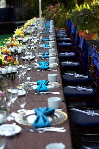 wedding-favors-shaped-like-elephants-on-chairs