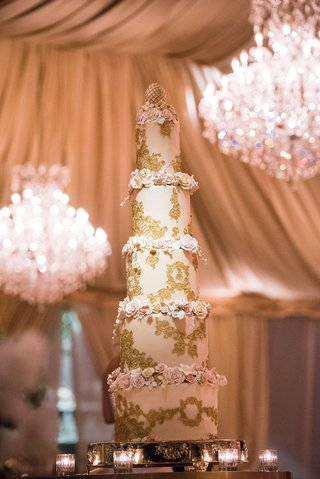 five-layer-tall-wedding-cake-with-gold-filigree-details-and-sugar-flowers-on-each-tier-egg-topper