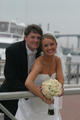 cnn-and-entertainment-tonight-correspondent-bride