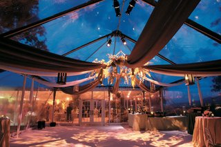 wedding-reception-with-a-floral-chandelier