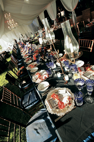 reception-table-with-crystal-stemware
