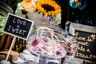 diy-sweets-dessert-table-at-wedding-reception