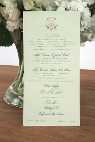celadon-green-menu-stationery-with-motif
