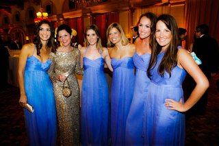 bridesmaids-wear-matching-dresses-in-royal-blue-color