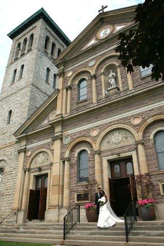 italianate-style-roman-catholic-church-for-enuka-okuma-wedding