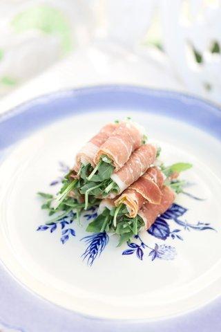 snacks-wrapped-in-prosciutto