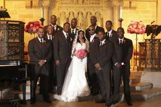 bride-and-groom-with-groomsmen-at-african-american-wedding