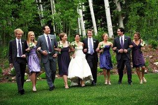 bride-and-groom-with-bridesmaids-and-groomsmen-in-utah