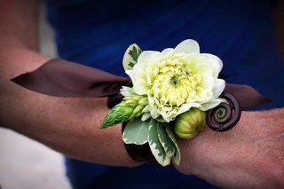 white-dahlia-and-fiddlehead-fern-wedding-corsage