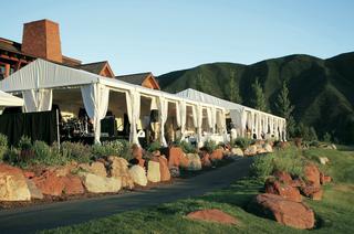 wedding-reception-at-the-roaring-fork-club