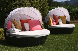 half-sphere-outdoor-couch-with-white-shade