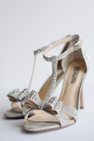 bridal-shoes-with-bow-and-crystal-studs