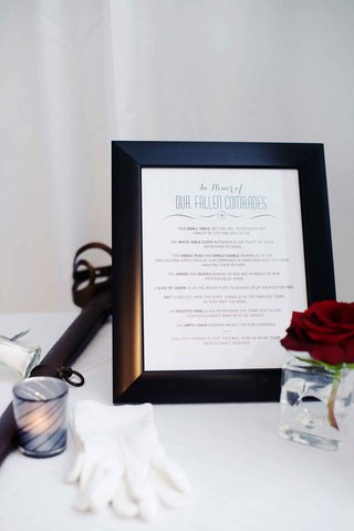 military-wedding-table-in-honor-of-fallen-soldiers