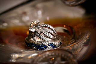 grooms-blue-sapphire-wedding-band-and-brides-vintage-inspired-antique-wedding-engagement-ring