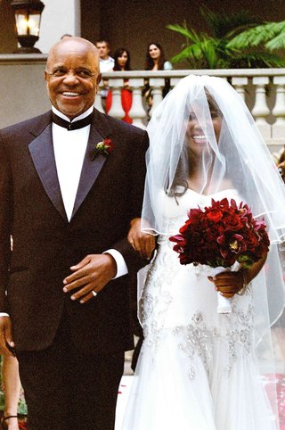 motown-records-founder-walks-bride-down-aisle