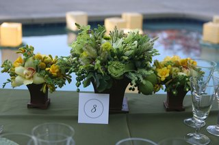 wedding-reception-centerpieces-with-fruit-and-flowers