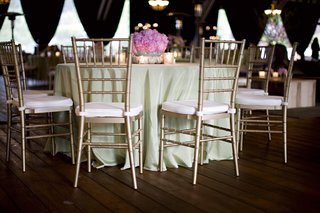 green-tablecloth-and-pink-peony-centerpiece