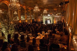 orthodox-jewish-wedding-ceremony-at-the-terrace-room-of-the-plaza-with-gold-chiavari-chairs