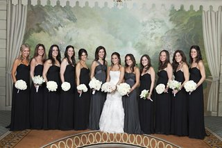 maid-of-honor-in-grey-and-black-bridesmaid-dresses
