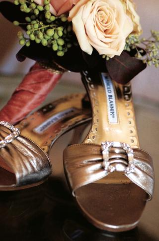 manolo-blahnik-open-toe-wedding-heels-in-light-brown