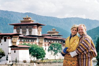 newlyweds-in-front-of-landmark-in-the-kingdom-of-bhutan