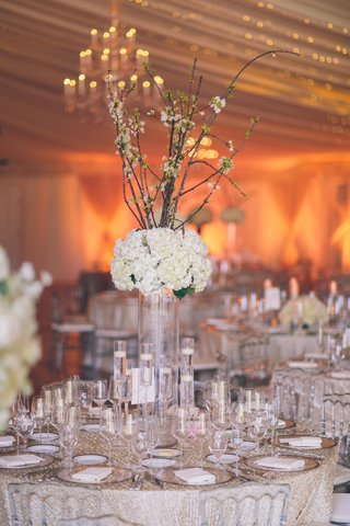 sequined-linens-topped-with-floating-candles