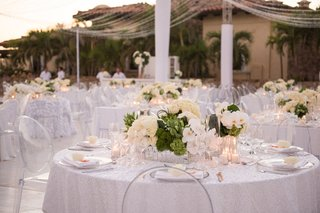 mirrored-boxes-cream-roses-moss-white-orchids