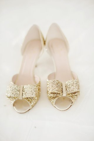 kate-spade-wedding-shoes-gold-peep-toe-pumps-with-bow-at-the-toe
