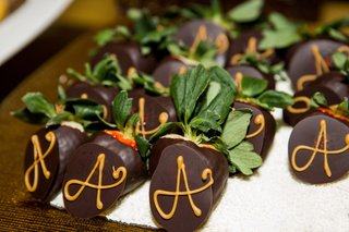 chocolate-covered-strawberries-with-a-monogram-or-initial-on-it