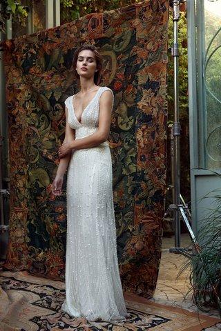 lihi-hod-2016-beaded-sheath-wedding-dress-with-deep-v-neck