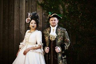 halloween-wedding-attire-bride-and-groom-makeup-costumes-halloween-wedding