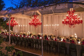 red-chandelier-dinner-soiree