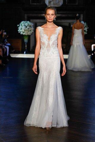 alon-livne-white-fall-2016-sleeveless-v-neck-embroidered-lace-wedding-dress