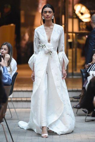 sachi-babi-spring-summer-2018-fil-coupe-coat-dress-draped-sleeves-slim-fit-mikado-pants