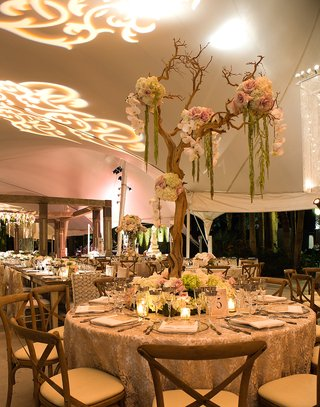round-reception-table-with-lace-tablecloth-and-manzanita-branch-centerpiece