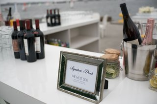 wedding-with-white-bar-mercury-glass-frame-with-signature-drink-information