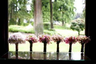bridesmaid-bouquets-of-pink-and-green-flowers