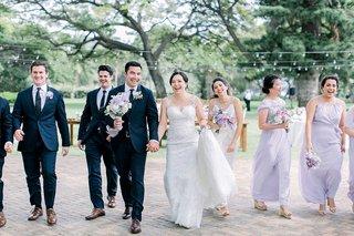 bridal-party-hawaii-wedding-on-maui-light-purple-bridesmaid-dresses