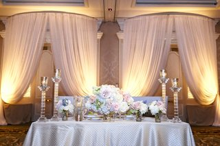 sweetheart-table-with-silver-and-pastel-colors