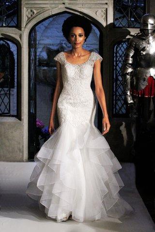 oleg-cassini-spring-2018-wedding-dress-scoop-neck-cap-sleeve-trumpet-dress-ruffle-skirt-organza